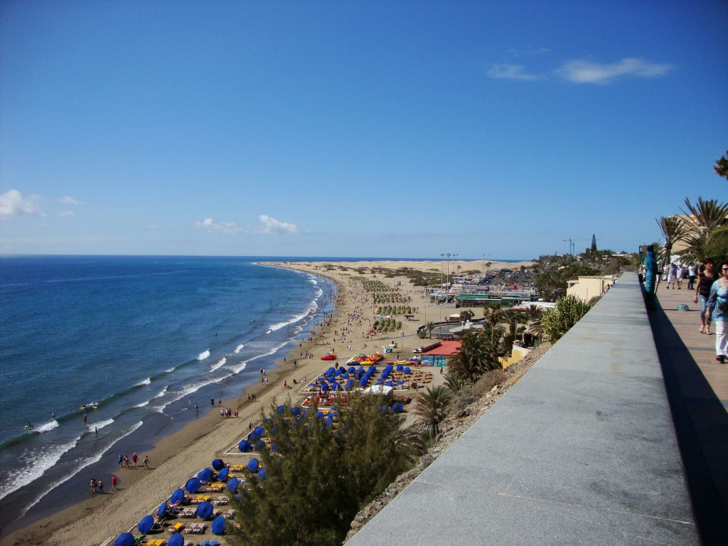 playa-del-ingles-panorama.jpg