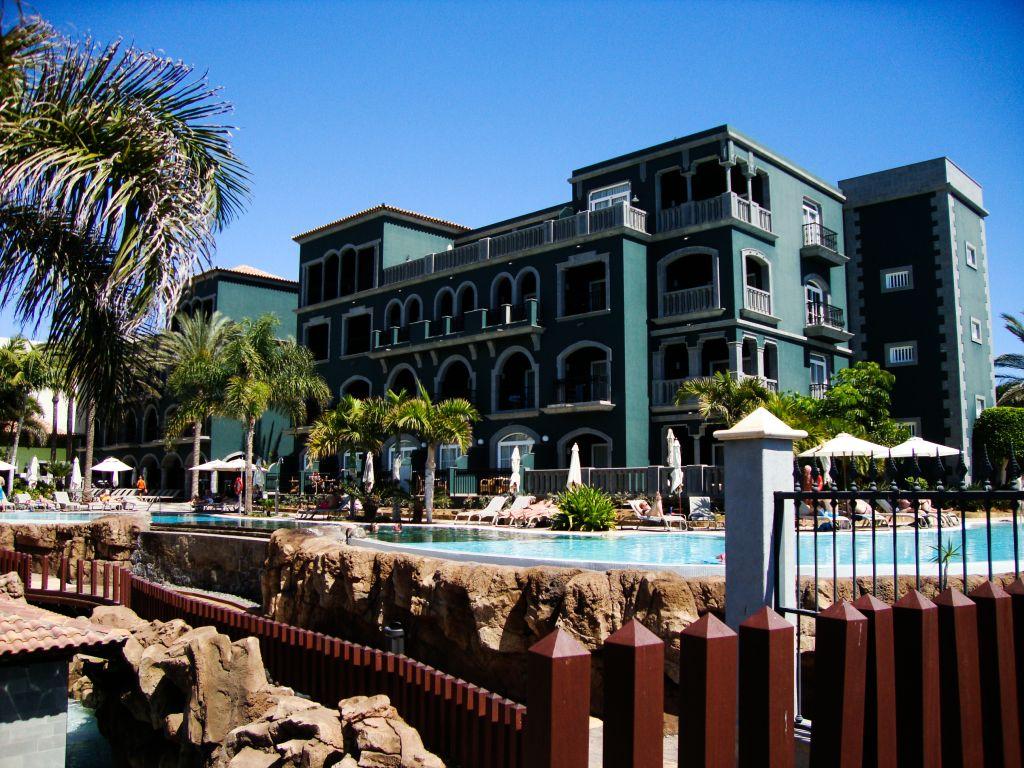 Meloneras strandurlaub mit viel luxus und entspannung for Tolle hotels
